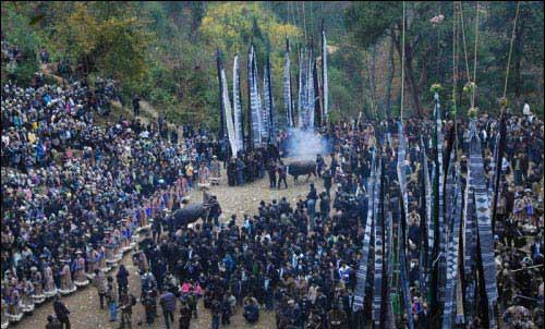 古朴、神秘的台江苗族祭鼓节
